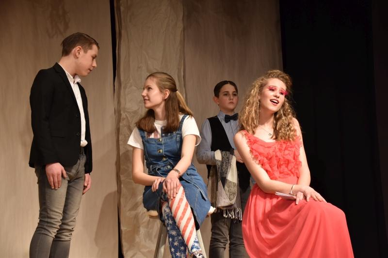 2020 02 15 Theater AG Frau ohne Bedetung HP11