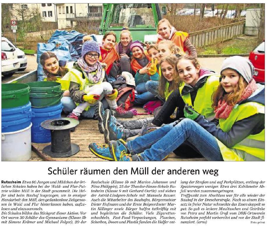 2017 03 28 Schüler räumen den Müll der anderen weg
